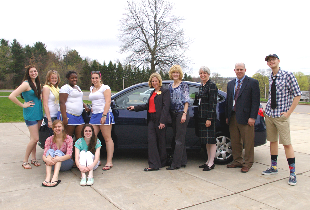 Perfect Jill Merriam With Vernon Rockville High School Students And VIPs